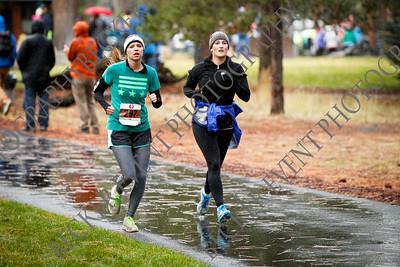 Half Marathon Finish 02:11 - 02:31 Happy Girl Sisters