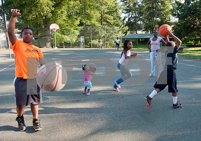 keeping-children-healthy-in-the-summer-months
