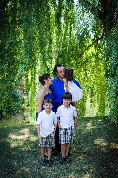 Malheiro Family_3MG FHR-3502.jpg