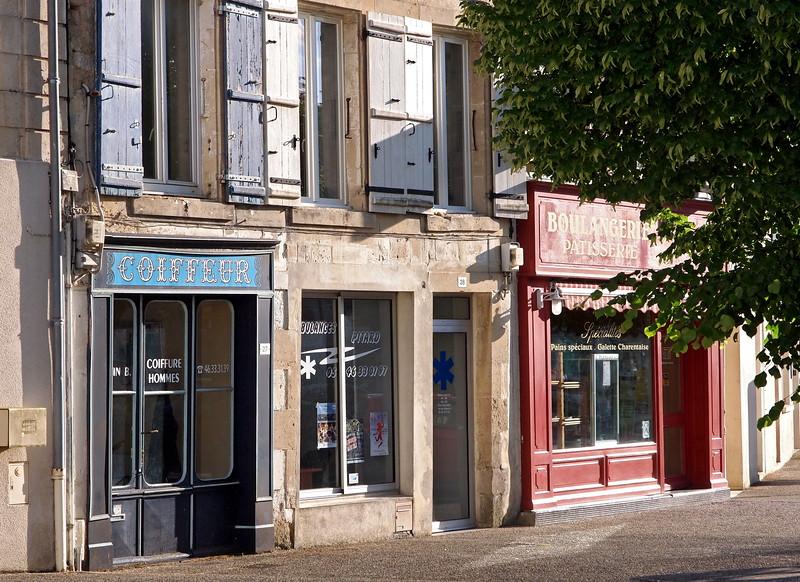 Dampierre-sur-Boutonne 21-05-15 (32).jpg