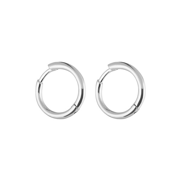 Letters round ear silver