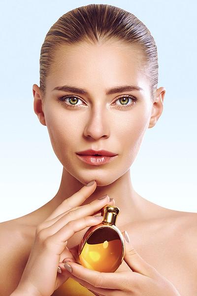 Photographer_Iris-Brosch_Beauty_Creative-Space-Artists-Management_10_Blue-Western-Suvius-cosmetics.jpg