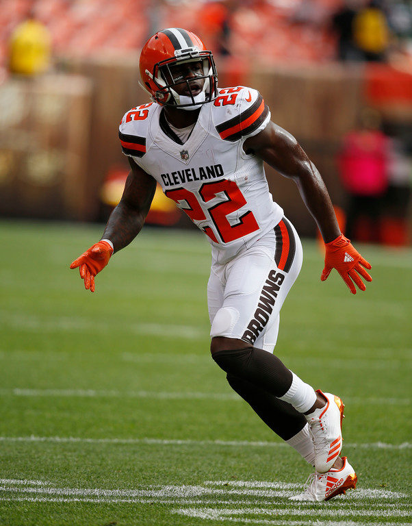 . Cleveland Browns safety Jabrill Peppers runs a route in warm ups before an NFL football game between the New York Jets and the Cleveland Browns, Sunday, Oct. 8, 2017, in Cleveland. (AP Photo/Ron Schwane)