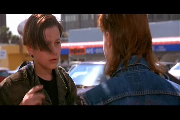 Terminator2_RobbingATM_21-15.avi