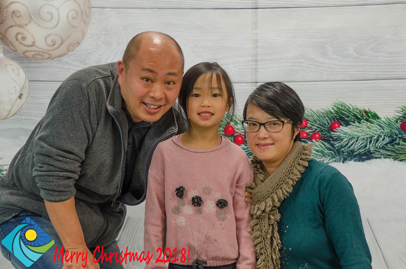 Christmas Photobooth 2018 Sunday-089.jpg