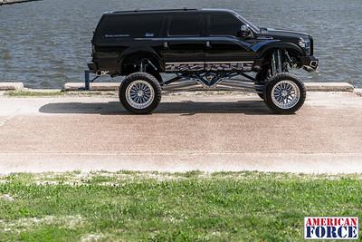 @Lady_Luck_Excursion Josh B 2016 Ford Excursion Conversion 26x16 CRUX MP8 42x15.50r26 @FuryOffroadTires