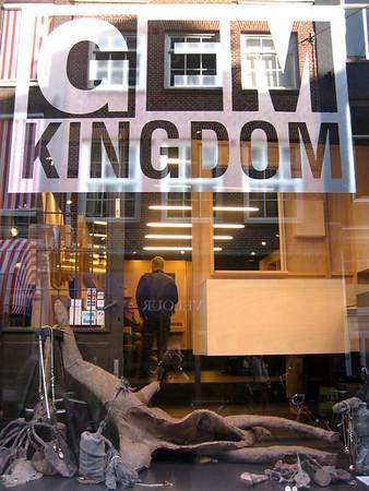 Riette Wanders @ Gem Kingdom