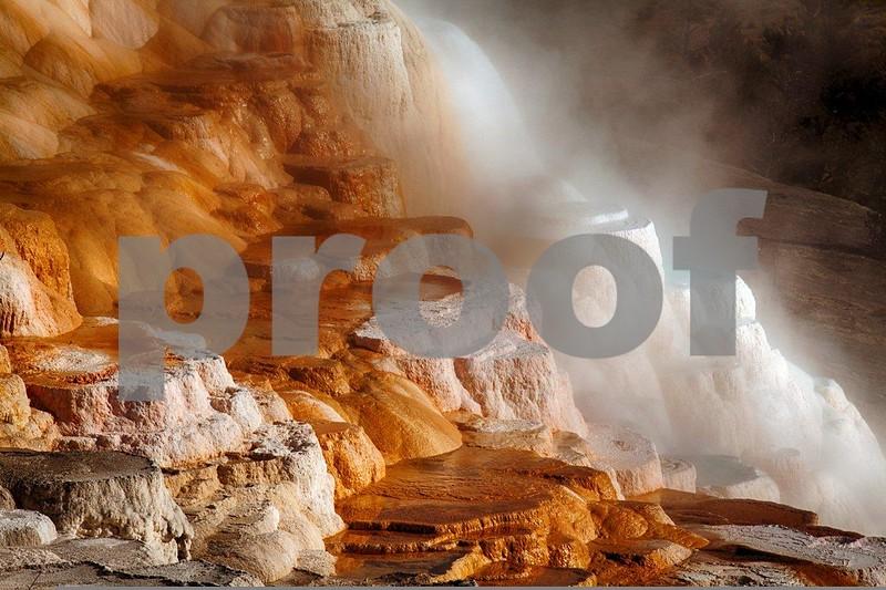 YNP Canary Springs 4389_HDR.jpg