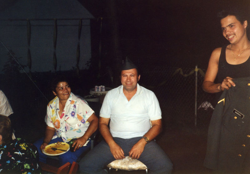 1987 07 - Welcome Home Party 004.jpg