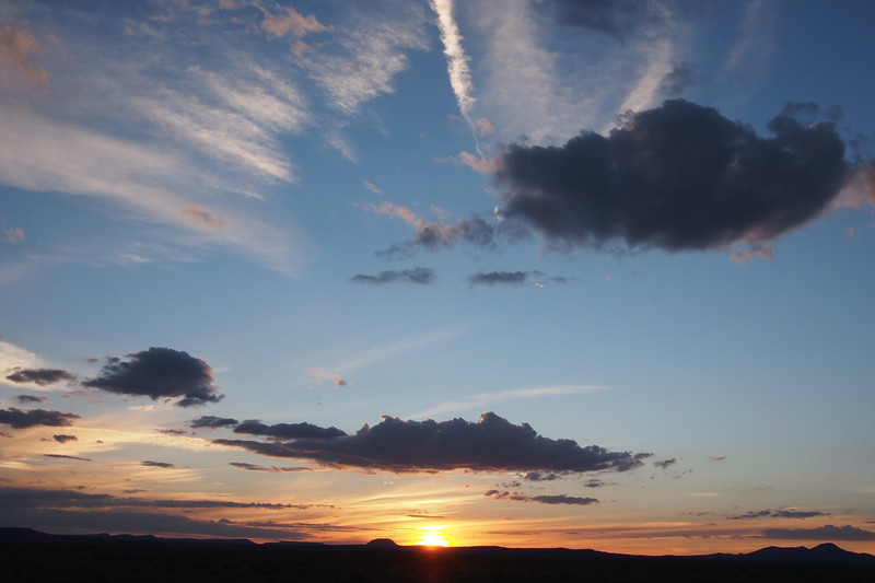 2012_09_SW_trip0431_sunset over continental divide.JPG