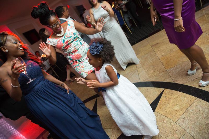 MER__1038_tonya_josh_new jerrsey wedding photography.jpg