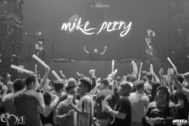 Mike Perry at Cove Manila Nov 29, 2019 (37).jpg