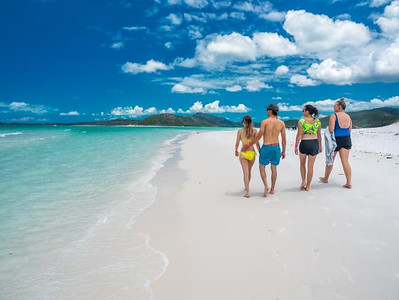 The Seven Best Places in the Whitsundays