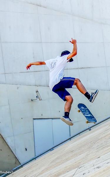 Young skateborder final.jpg