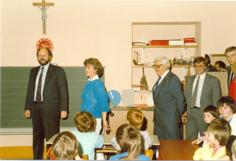 1986 Preisverleihung durch Kultusminister Breitenbach (11).jpg