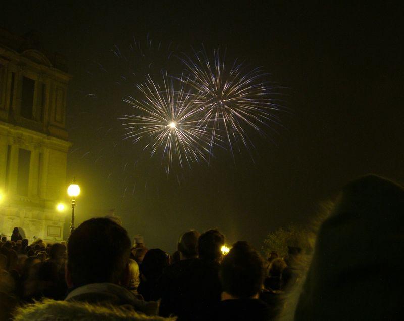 2004_1106allypallyfireworks0027.JPG