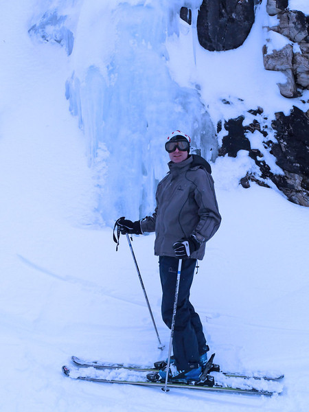 D3 Andrew near ice columns by JdeB.jpg