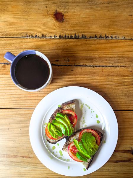 merida manifesto cafe avocado toast-3.jpg