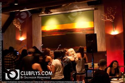 2011-08-18 [Y101 Unplugged ft Carolina Liar, Twist Lounge, Fresno, CA]