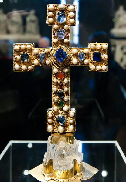 Reliquienkreuz, Vorderseite (nordwestdeutsch, um 1090)