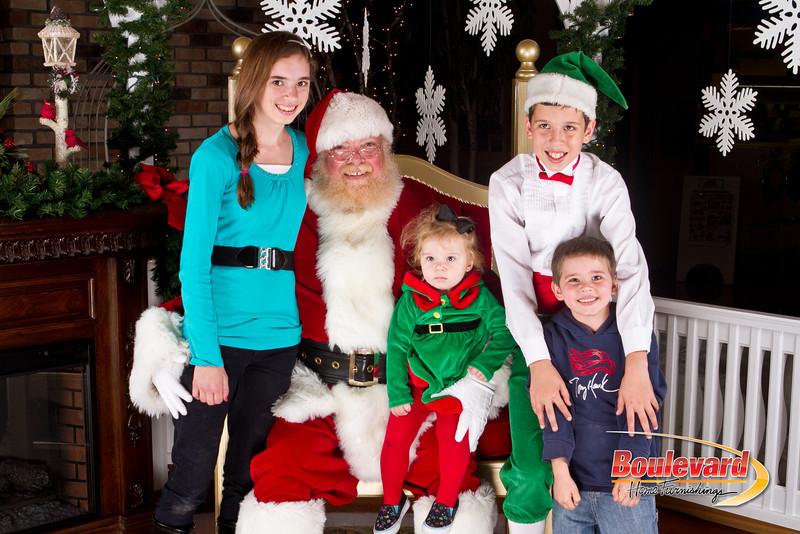 Santa Dec 8-315.jpg