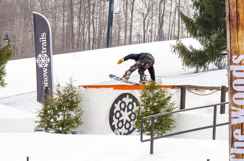 Snow-Trails_Mid-Season-2015-SpFeat-4.jpg