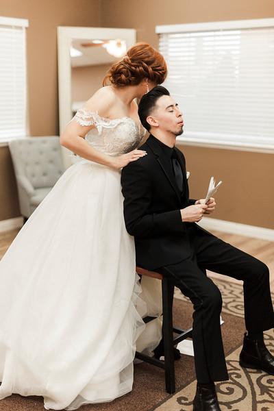 Alexandria Vail Photography Wedgewood Fresno Wedding Alexis   Dezmen280.jpg