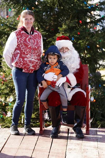Santa In The Park 20190065.JPG
