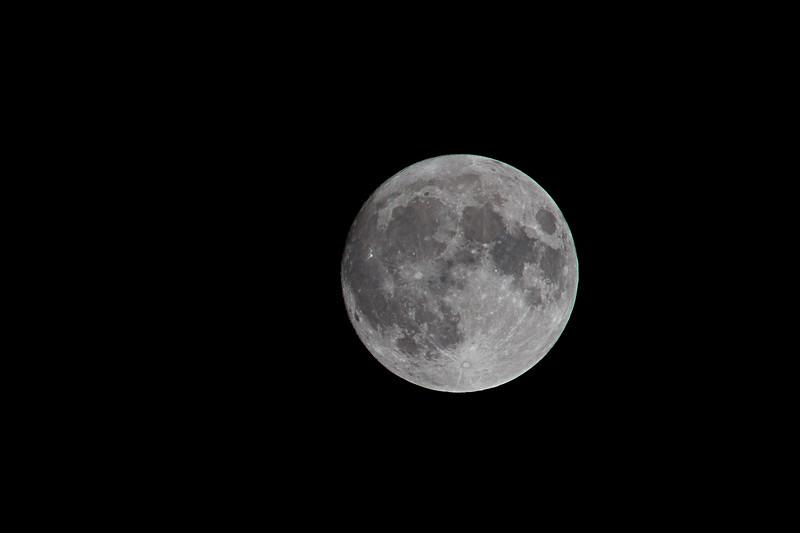 Moon_20161113_13-2-Edit-1.jpg
