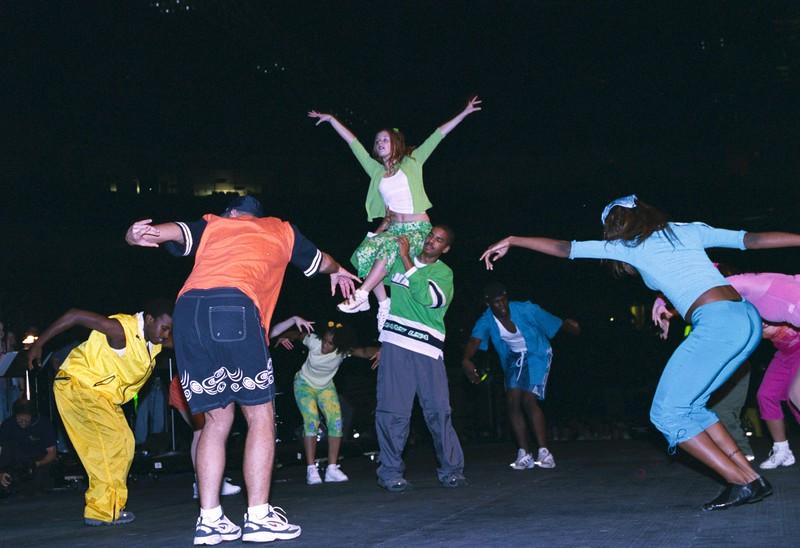 DANCINGT.jpg