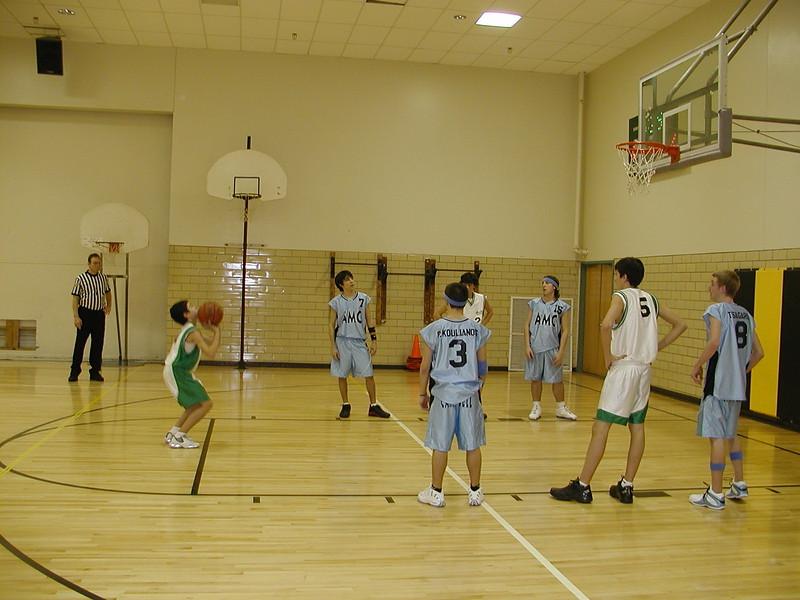2004-02-07-GOYA-Holy-Cross-Tournament_012.jpg