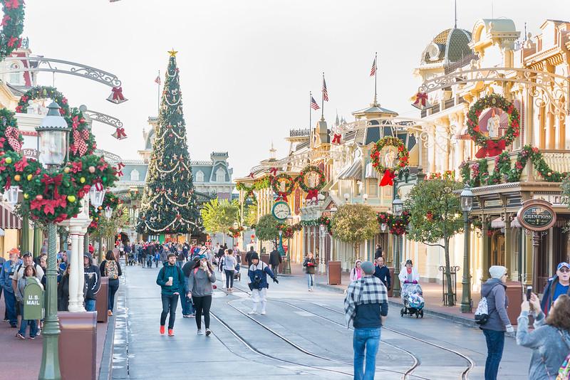 Main Street Low Crowds - Magic Kingdom Walt Disney World