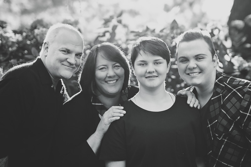 FamilyFoursunny (1 of 1)-2.jpg