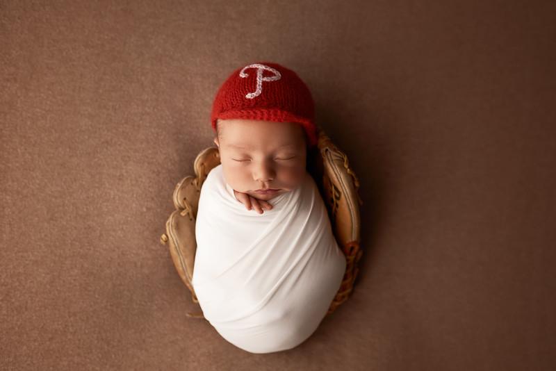 ELA_7915 Medford Newborn Photographer.jpg
