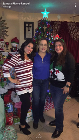 2017 12-24 Samara and her sisters