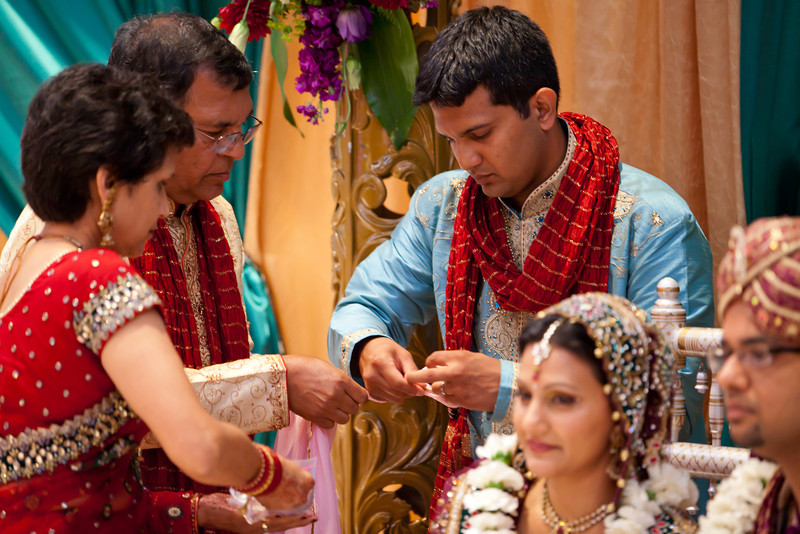 Shikha_Gaurav_Wedding-1044.jpg