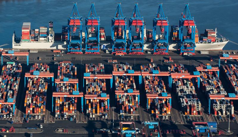 Luftbild Container-Terminal Altenberger