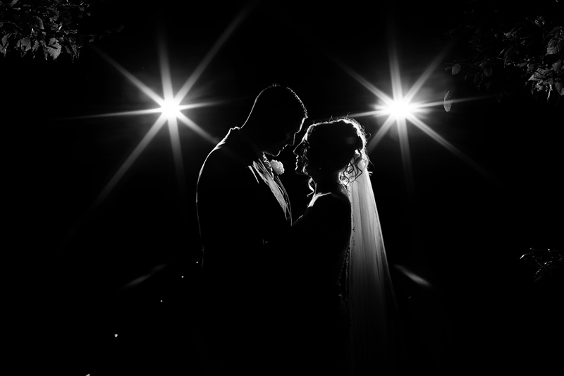 wedding-photographer-braxtedpark-essex-evening-(63).jpg