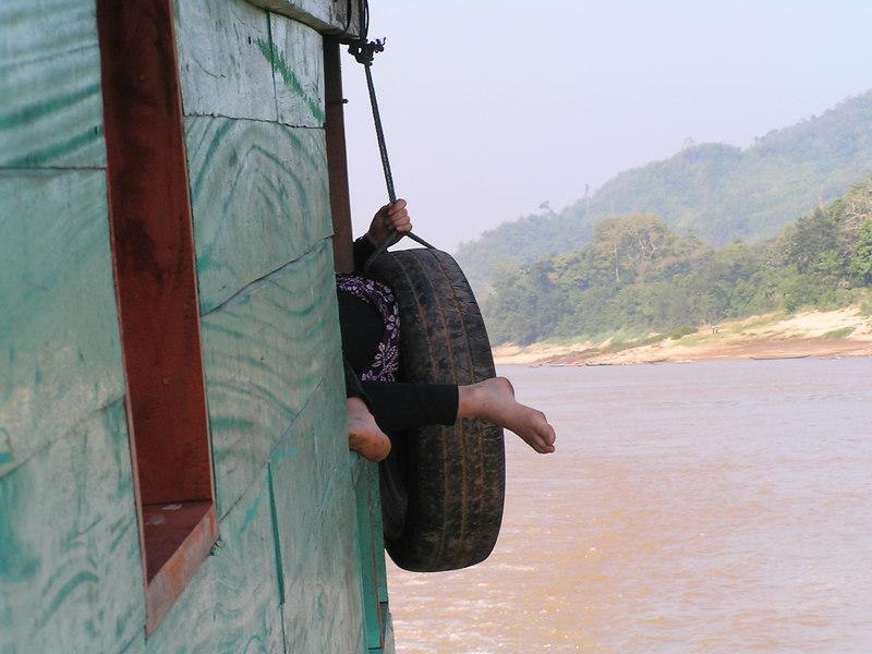 Going down the Maekong, Loas