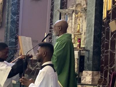 Archbishop Palmer Buckle Visits GCC