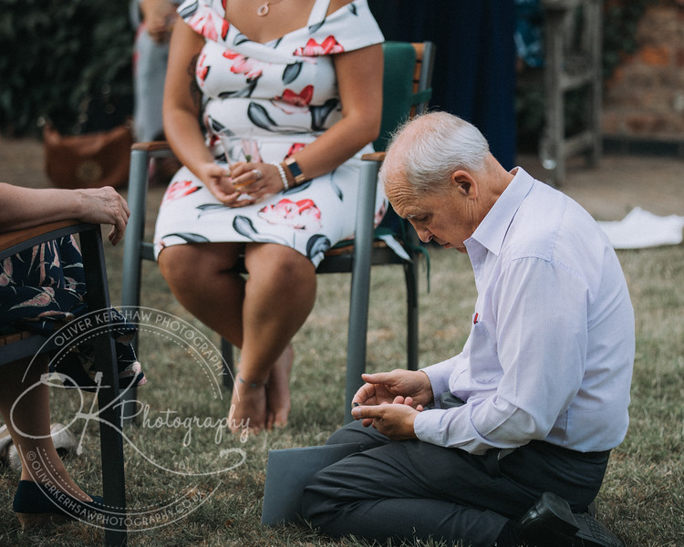 Sarah & Charles-Wedding-By-Oliver-Kershaw-Photography-160133.jpg