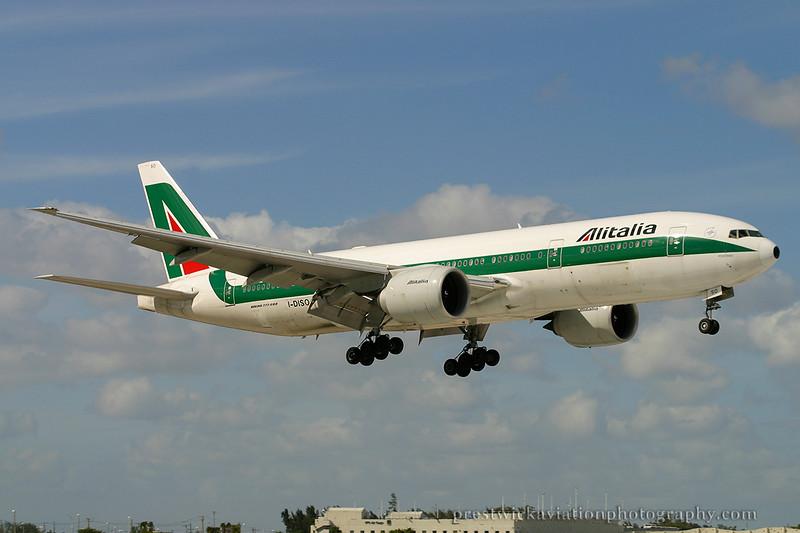 I-DISO. Boeing 777-243/ER. Alitalia. Miami. 030304.