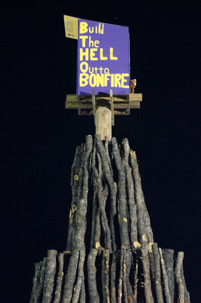 14 Thanksgiving - Aggie Bonfire at A&M