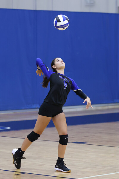 9.8.20 CSN JV Volleyball vs Cardinal Mooney-78.jpg