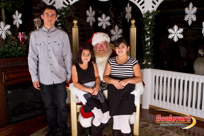 Santa Dec 15-158.jpg
