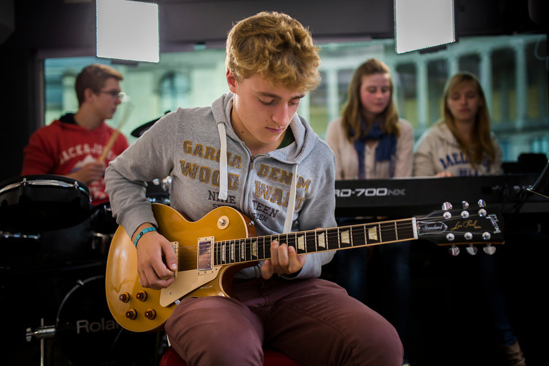 2013_10_04, BE, Belgium, Brussels, Parc du Cinquantenaire, Student Recording Session, Session, Epiphone, Gibson