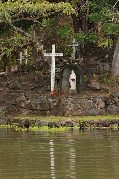 Cemetery Island - I do not recommend either