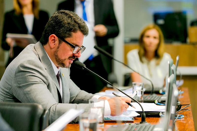140519 - CE - Senador Marcos Do Val_9.jpg