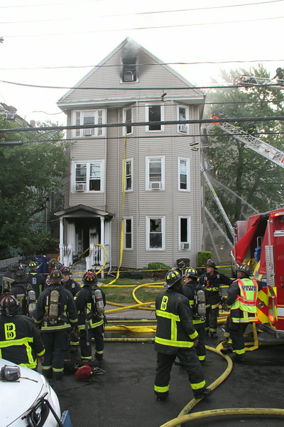 8-21-14, Boston - 4th Alarm 105 Murdock Street 062.JPG