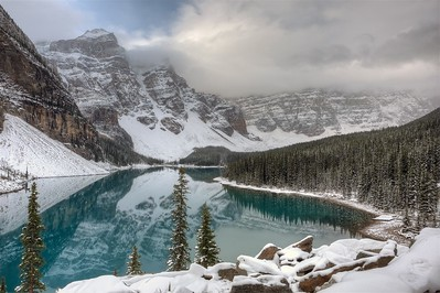Moraine Lake - Banff Park